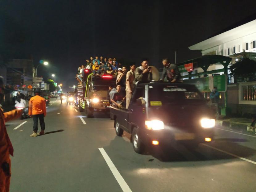 Untuk mengindari masifnya penyebaran Covid-19, Gubernur Jawa Barat (Jabar) Ridwan Kamil dan 27 kepala daerah yang ada di Jabar, membuat beberapa kesepakatan.