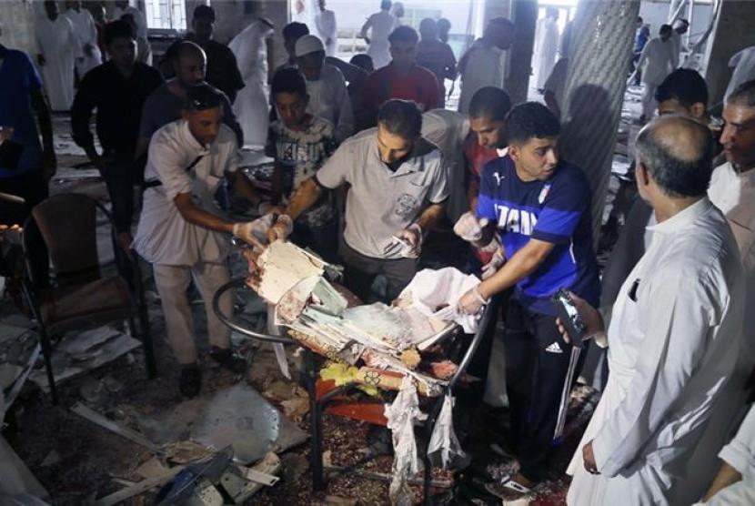 ISIS mengaku bertanggungjawab atas ledakan bom di masjid syiah di provinsi Qatif, Arab Saudi, Jumat (22/5).