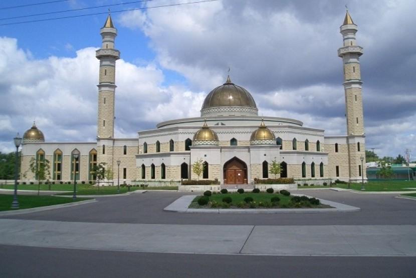 Islamic Center Amerika (ICA).