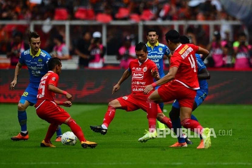 Ismed Sofyan pada pertandingan Liga-1 Persija Jakarta melawan Persib Bandung di Stadion Utama Gelora Bung Karno (GBK) Senayan, Jakarta, Rabu (10/7/2019).