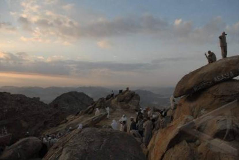 Jabal Tsur Bukti Keajaiban Allah Ihram