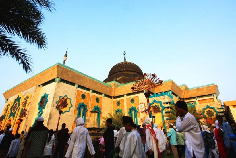 Jakarta Islamic Centre (JIC).
