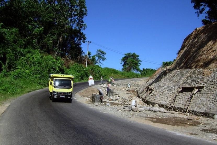 Jalan Tol Sumatra Berfungsi Jalinsum Lampung Lengang