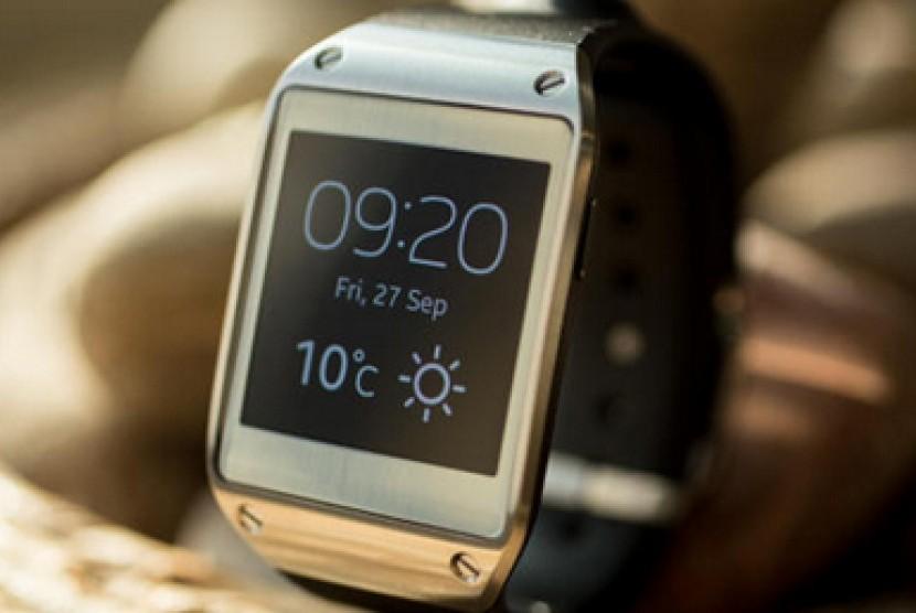 Jam tangan pintar Samsung Galaxy Gear
