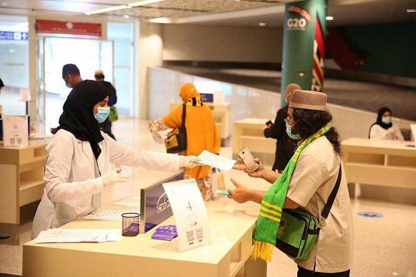 Pantau Pelayanan Umroh, Kesthuri Kirim 20 Anggota ke Saudi
