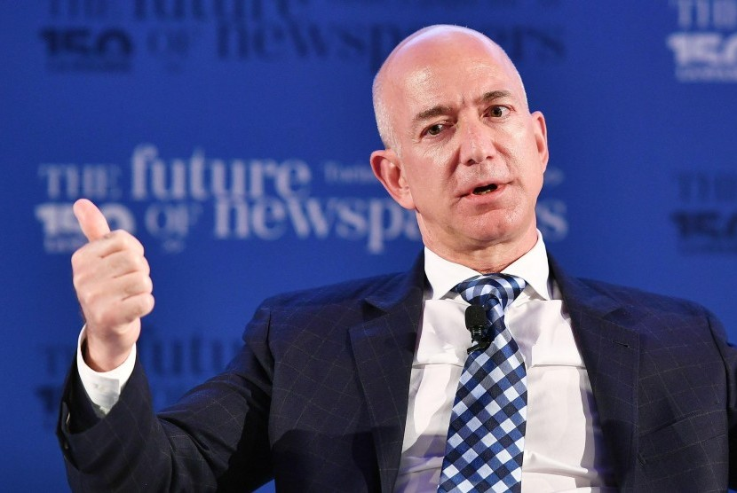 Jeff Bezos, pendiri Amazon.com.