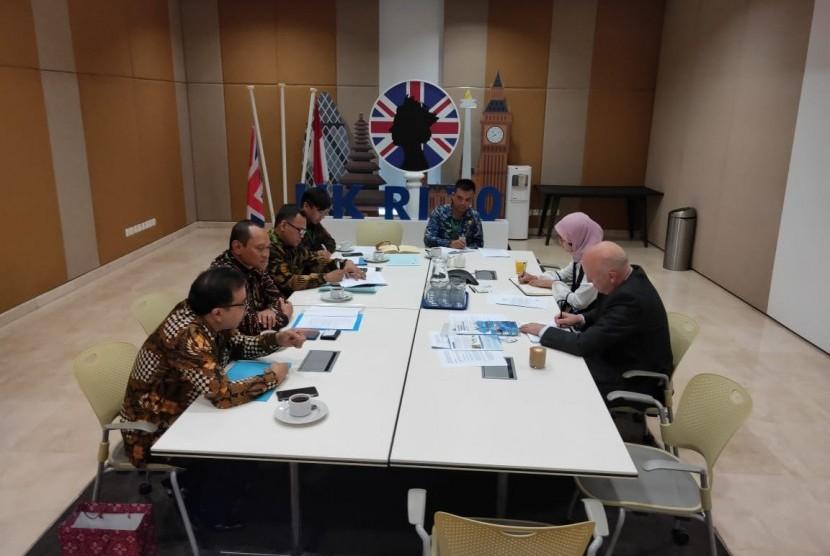 Jelang pemilihan anggota Dewan International Maritime Organization (IMO) Kategori C periode 2020-2022, Kementerian Perhubungan kunjungi Kedutaan Besar Inggris di Jakarta, Selasa (10/9). Sebagai anggota Dewan IMO kategori A, Inggris diharapkan dapat memberikan dukungan kepada Indonesia.