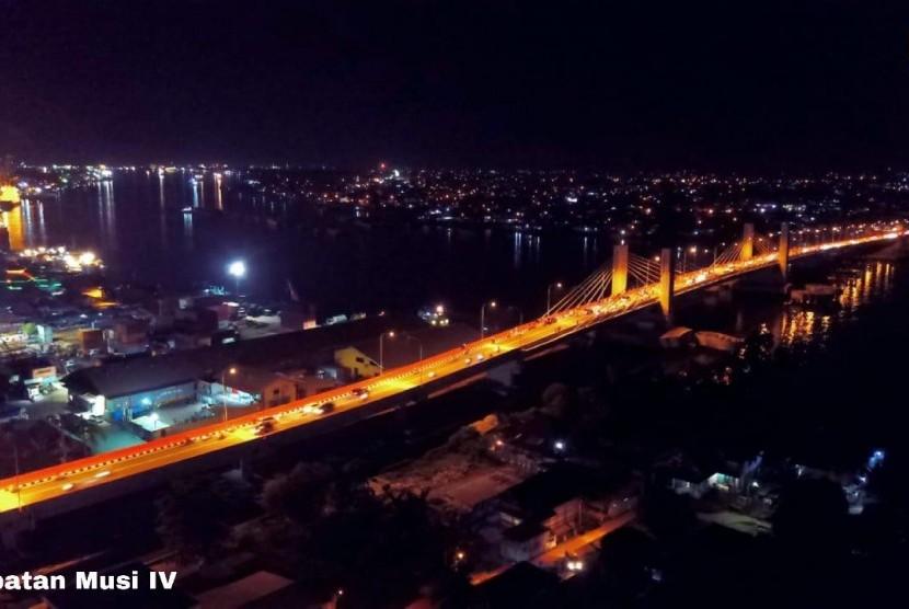 Jembatan Musi 4 di Kota Palembang, Sumatera Selatan, sudah dibuka untuk umum sejak Selasa (8/1).