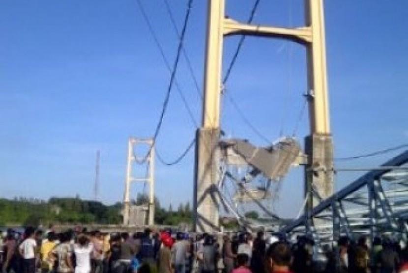 Jembatan roboh (Ilustrasi)