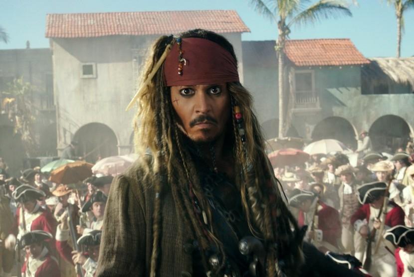 Johnny Depp sebagai Jack Sparrow di Pirates of the Caribbean: Dead Men Tell No Tales.
