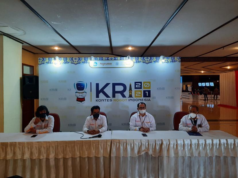 Pembukaan Kontes Robot Indonesia (KRI) 2021.