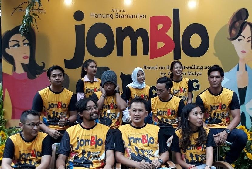 Jumpa pers penggarapan ulang film Jomblo