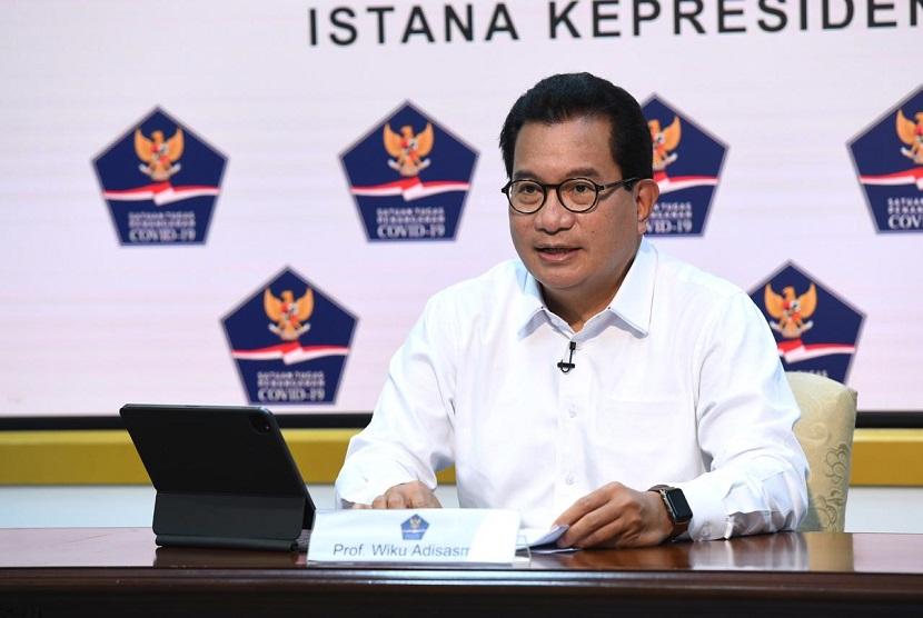 Juru Bicara Satgas Penanganan Covid-19 Prof Wiku Adisasmito membedah sebaran kasus aktif berdasarkan persentase dari 514 kabupaten/kota. Berdasarkan kondisi sebarannya, terlihat sebagian besar wilayah di Indonesia memiliki kasus aktif dibawah 100 kasus.