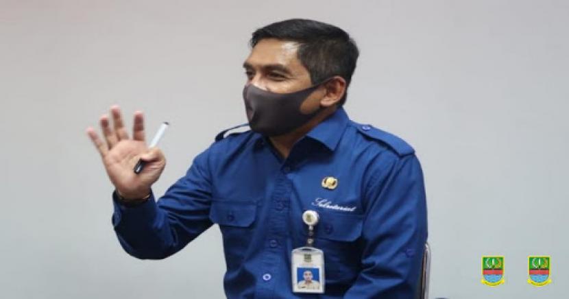 Juru Bicara Satgas Percepatan Penanganan Covid-19 Kabupaten Bekasi, Alamsyah.
