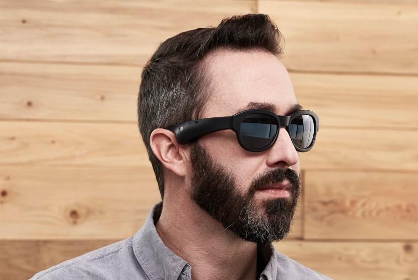 Kacamata BOSE