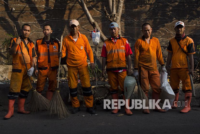Kami, Pasukan Oranye (FOto: Sahrul Manda Tikupadang/Antara)