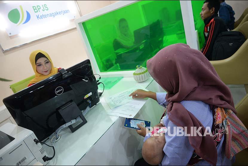 Bpjs Ketenagakerjaan Malang Beri Kejutan Peserta Ultah Republika Online