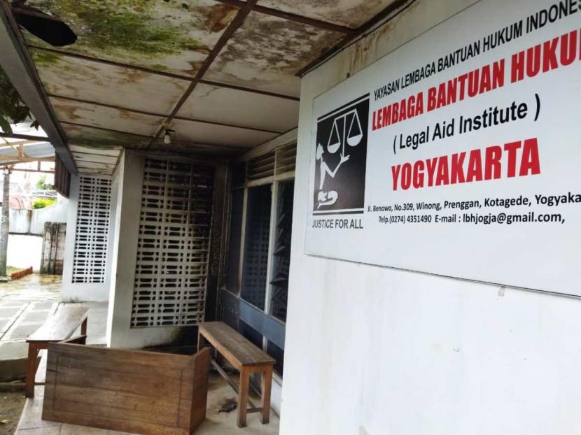 Kantor Lembaga Bantuan Hukum (LBH) Yogyakarta.