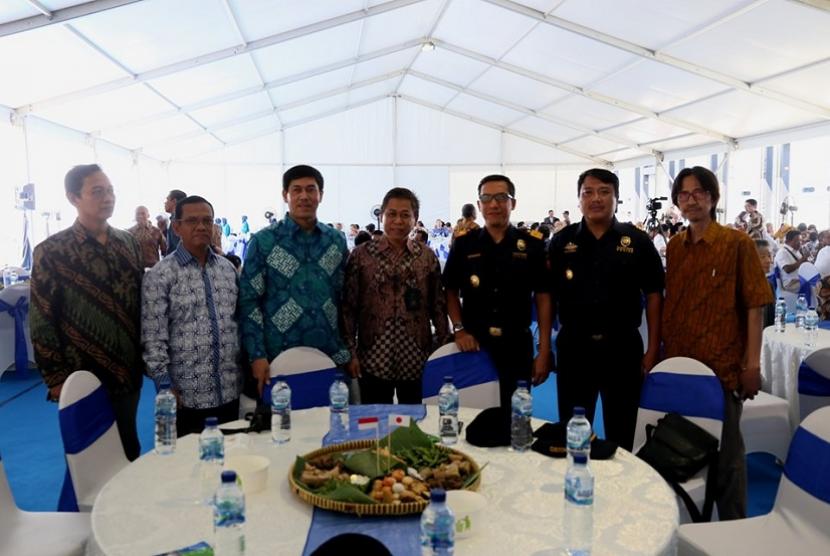 Kanwil Bea Cukai Jawa Timur (Jatim) I menghadiri acara opening ceremony Kawasan Berikat di Plumpang, Tuban, Jatim, pada Sabtu (7/9).