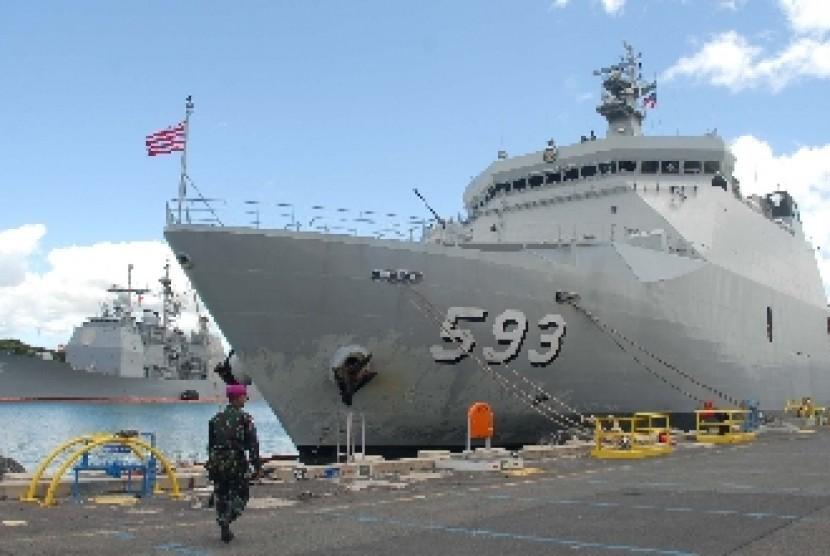 Kapal Perang Indonesia (KRI) milik Tentara Nasional Indonesia Angkatan Laut (TNI AL)
