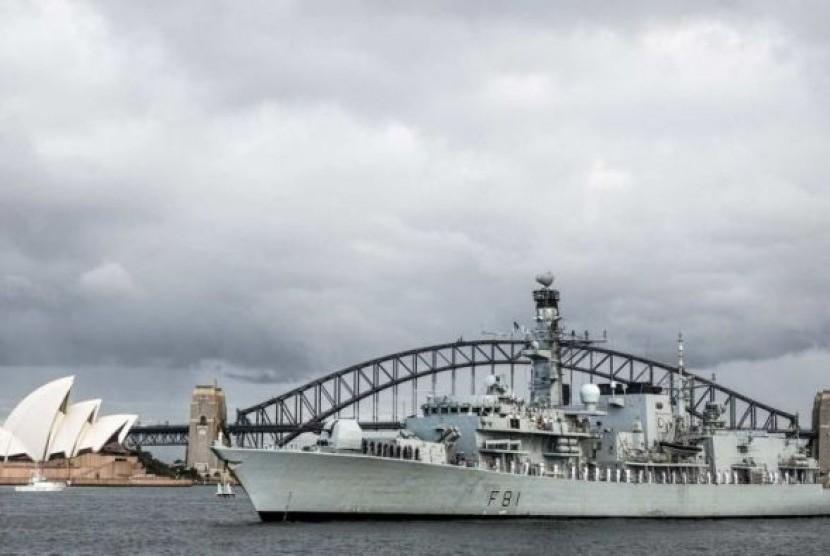 Kapal perang Inggris HMS Sutherland berlabuh di Sydney menjelang misi untuk menegakkan hak navigasi di Laut Cina Selatan.