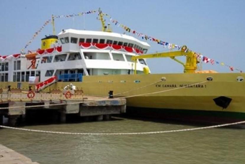 Kapal Ternak Camara Nusantara 1