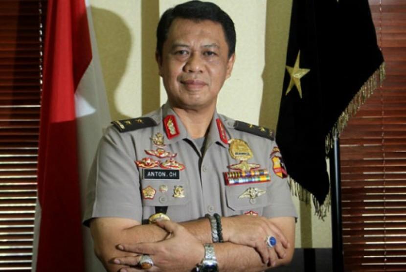 Kapolda Jawa Barat, Irjen Pol Drs Anton Charliyan