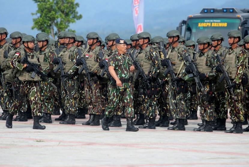 [ilustrasi] Satuan Brimob Polda Maluku saat upacara di Lapangan Polda Maluku, Ambon.