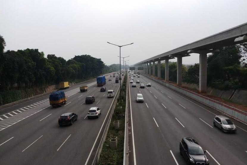 Tol Jakarta-Cikampek.