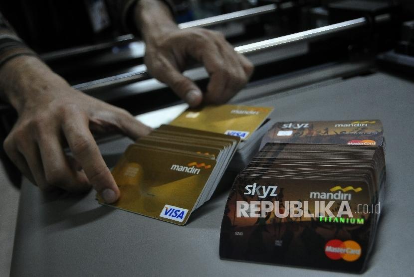 Kartu kredit Bank Mandiri (ilustrasi)