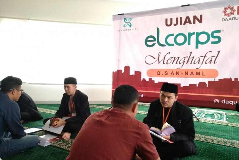 Karyawan Elcorps ikuti ujian menghapal Surat An-Naml di hadapan tim dari Daarul Qur'an Bandung.