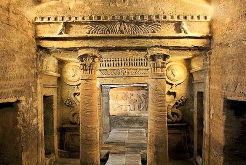 Katakomba atau pemakaman bawah tanah di Alexandria, Mesir.