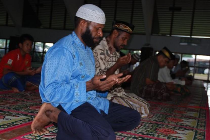 Kaum Muslimin di Papua