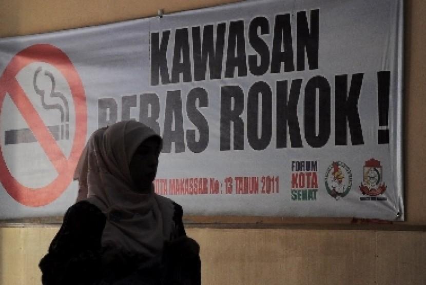 Kawasan bebas rokok, Makassar, Kamis (4/10).