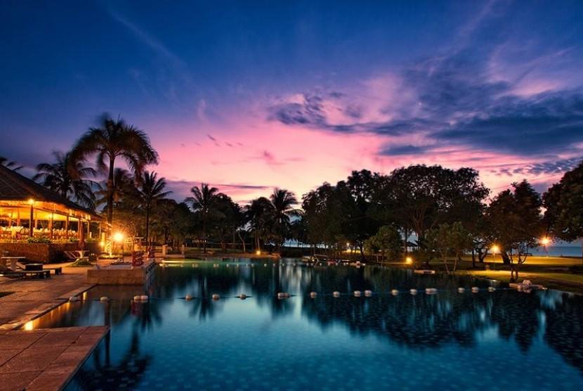 Kawasan Ekonomi Khusus (KEK) Pariwisata Tanjung Lesung.