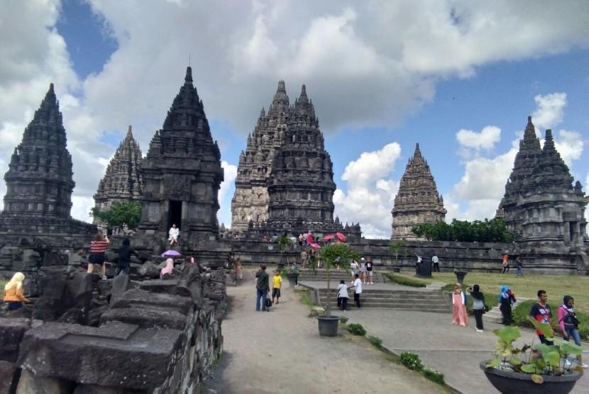 Kawasan wisata Candi Prambanan.