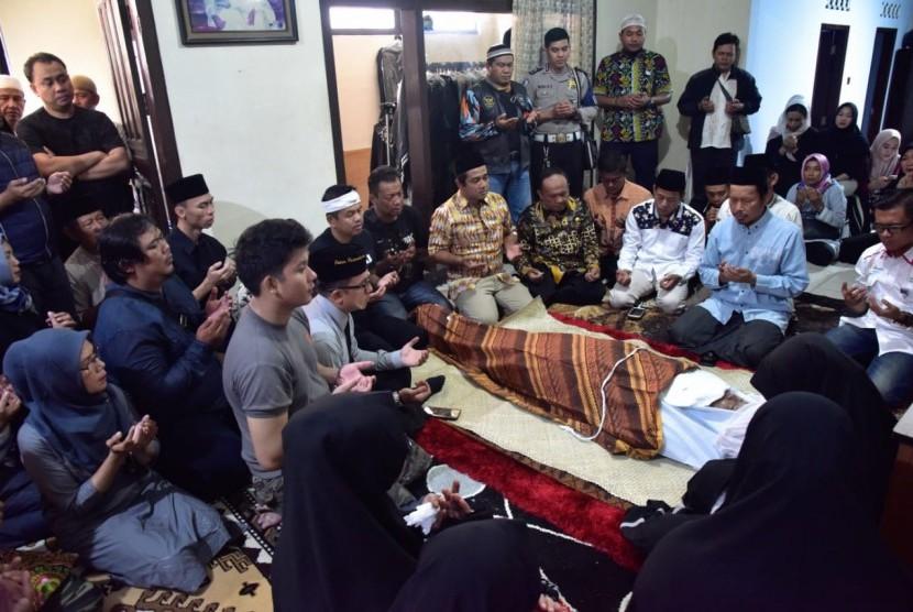KBO Sat Intelkam Polres Purwakarta, Iptu Dani Kardana, wafat usai mengawal rekapitulasi suara di tingkat PPK, Jumat (26/4).