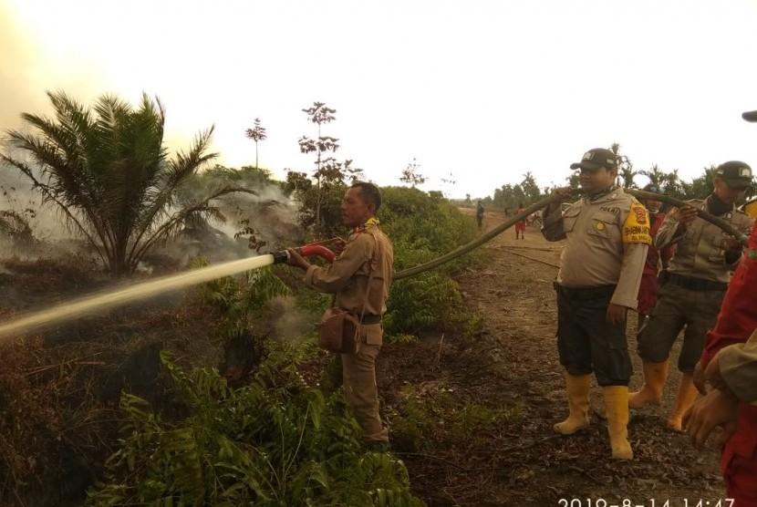 Kebakaran hutan perkebunan dan lahan (karhutbunlah) kembali terjadi di Desa Muara Medak Kecamatan Bayung Lencir Kabupaten Muba, Rabu  (14/8).