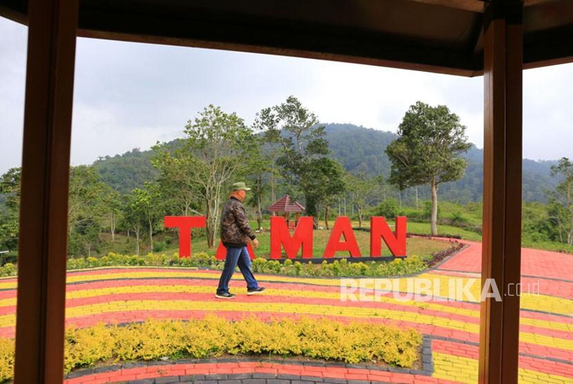 Pemkab Lampung Barat Dan Lipi Kelola Kebun Raya Liwa Republika Online