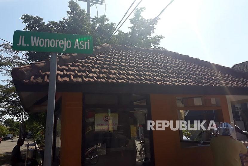 Kediaman keluarga pelaku bom bunuh diri di Jalan Wonorejo Asri XI Blok K/22, Rungkut, Surabaya.