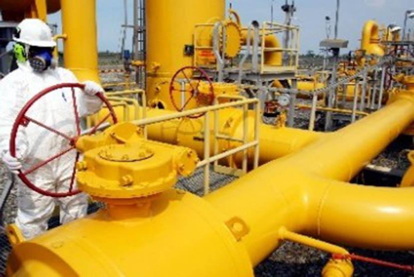 Kegiatan di Stasiun Penerima dan Penyalur Gas milik Perusahaan Gas Negara (PGN) di Serang, Banten/Ilustrasi