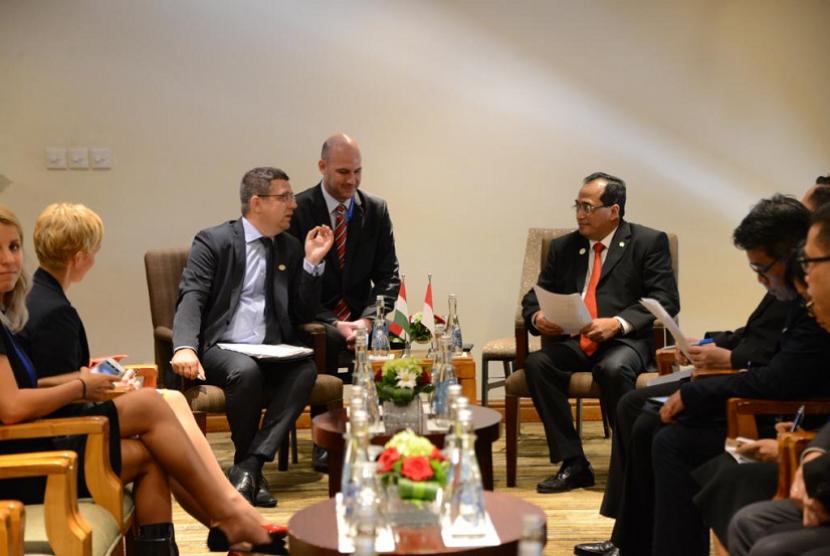 Kegiatan IMF 2018 dapat dimanfaatkan sebagai ajang menyosialisasikan perkembangan pembangunan dan peluang investasi transportasi di Indonesia kepada dunia internasional.