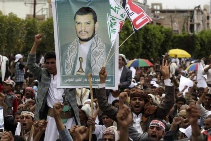 Kelompok Syiah Al-Houthi yang menguasai Yaman.