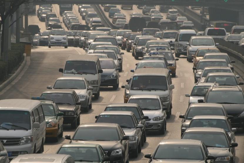 Kemacetan di jalan raya (ilustrasi)