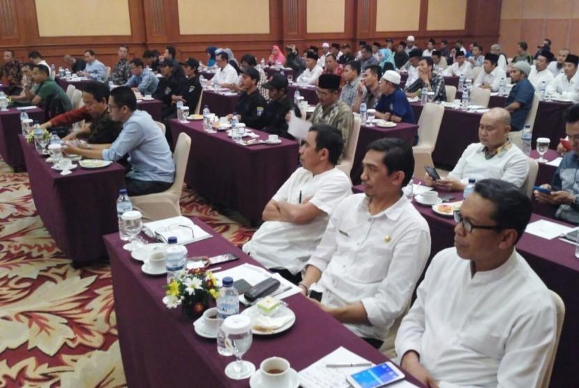 Kementerian Pariwisata dan Dinas Pariwisata NTB menggelar rapat koordinasi persiapan pembangunan Poltekpar Negeri Lombok di Hotel Lombok Raya, Mataram, NTB, Jumat (4/8).