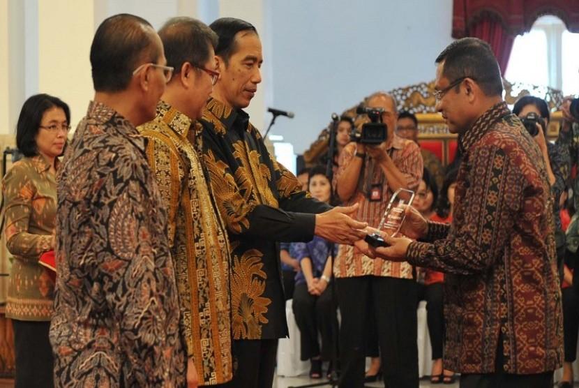 Kementerian Perindustrian raih penghargaan Keterbukaan Informasi Publik