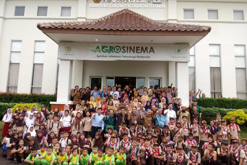 Kementerian Pertanian membuka Hari Tanah Sedunia Tahun 2018 di Balai  Besar Litbang Sumberdaya Lahan Pertanian (BBSDLP), Bogor, pada Selasa  (4/12).
