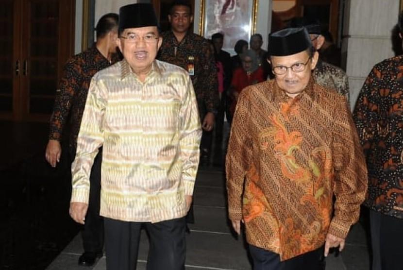 Kenangan Wakil Presiden Jusuf Kalla bersama Presiden ketiga BJ Habibie yang diunggah dalam akun resmi instagram Jusuf Kalla