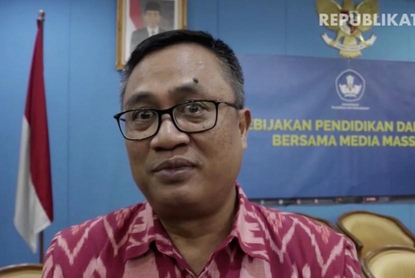 Kepala Badan Standar Nasional Pendidikan Bambang Suryadi