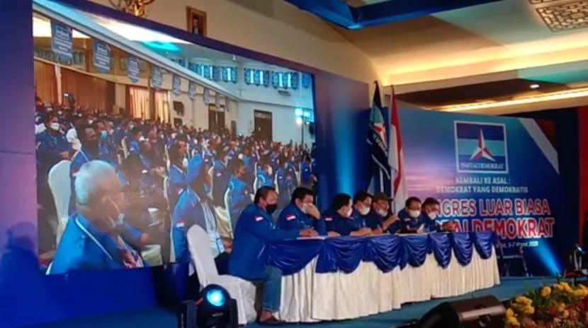 Kepala KSP Moeldoko ditetapkan sebagai Ketua Umum Partai Demokrat dalam KLB yang digelar di Deli Serdang, Sumatera Utara, Jumat (5/3).